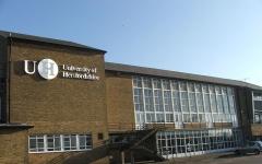 英国赫特福德大学- 全国视频直播课